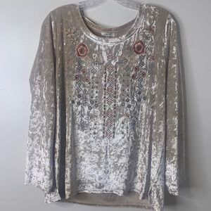 Jodifl velvet blouse with floral embroidered